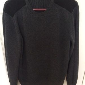 Banana Republic men's sweater